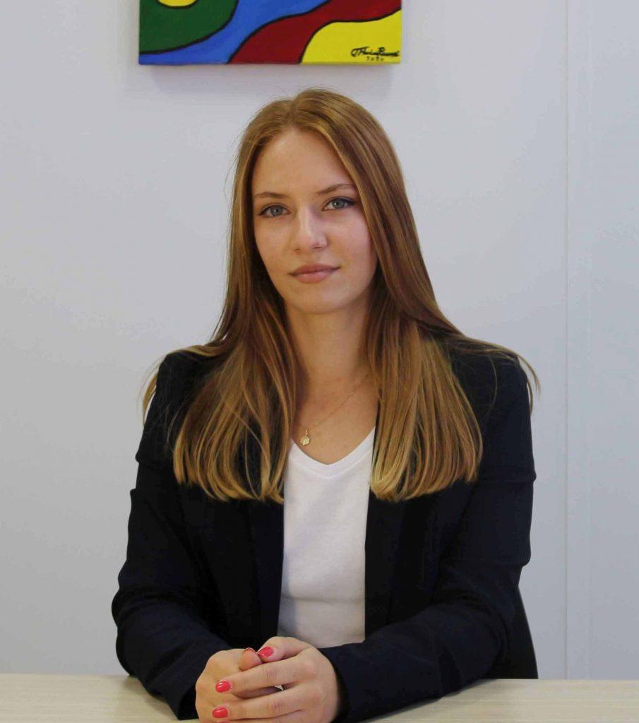 Lena Perovic Developico webdesigner